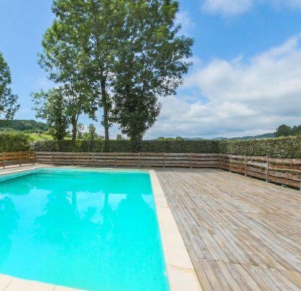 Hébergement de vacances vers Foix (09)